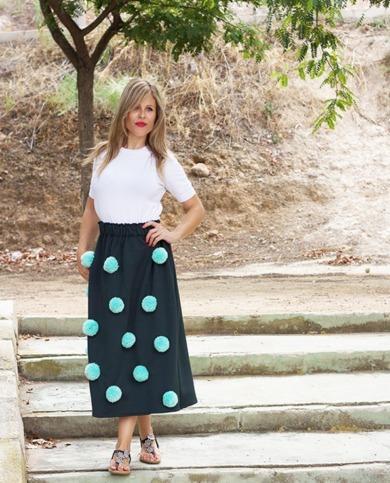 falda midi pompones verde