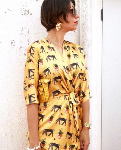 Kimono leopardos y plantas