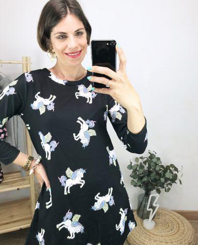 Vestido unicornios negro